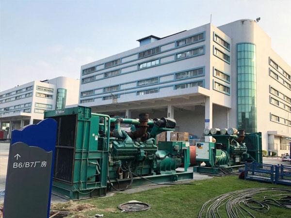 宁波某电子厂出租两台康明斯发电机
