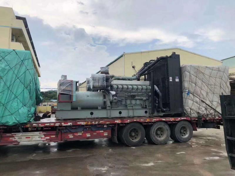 宁波两台1000kw发电机组在宁波工厂并网发电